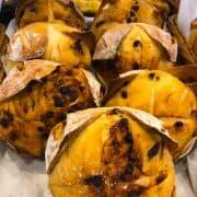 Pão de Fermentação Natural com Chocolate e Laranja